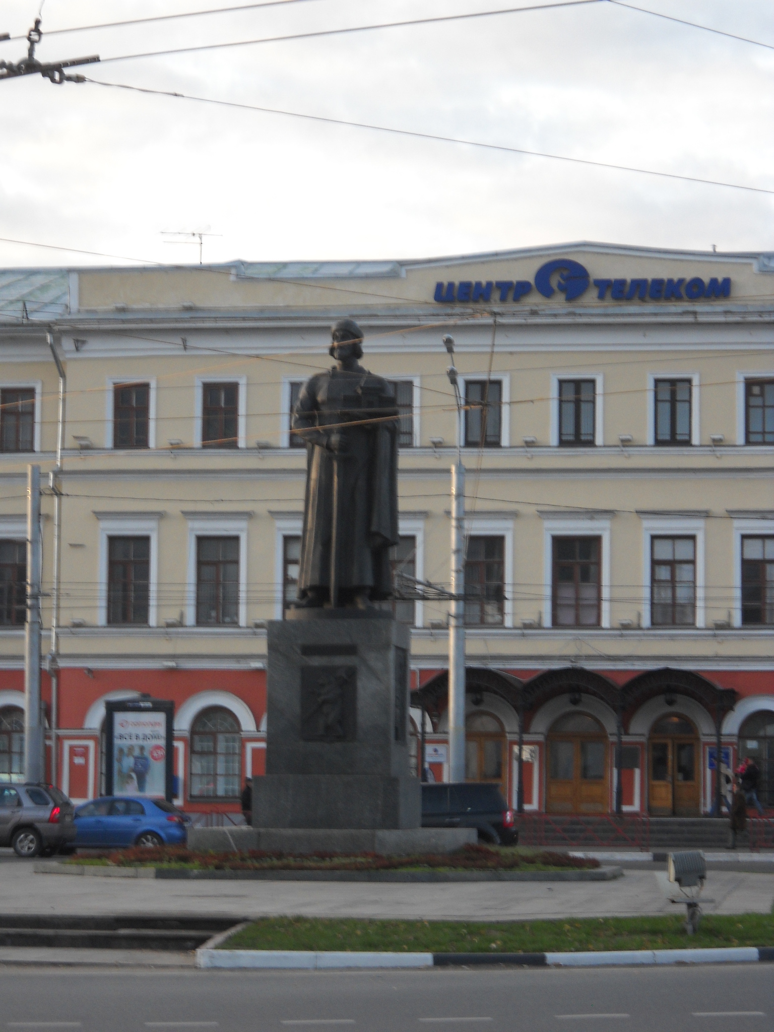 Ярослав Мудрый в проводах