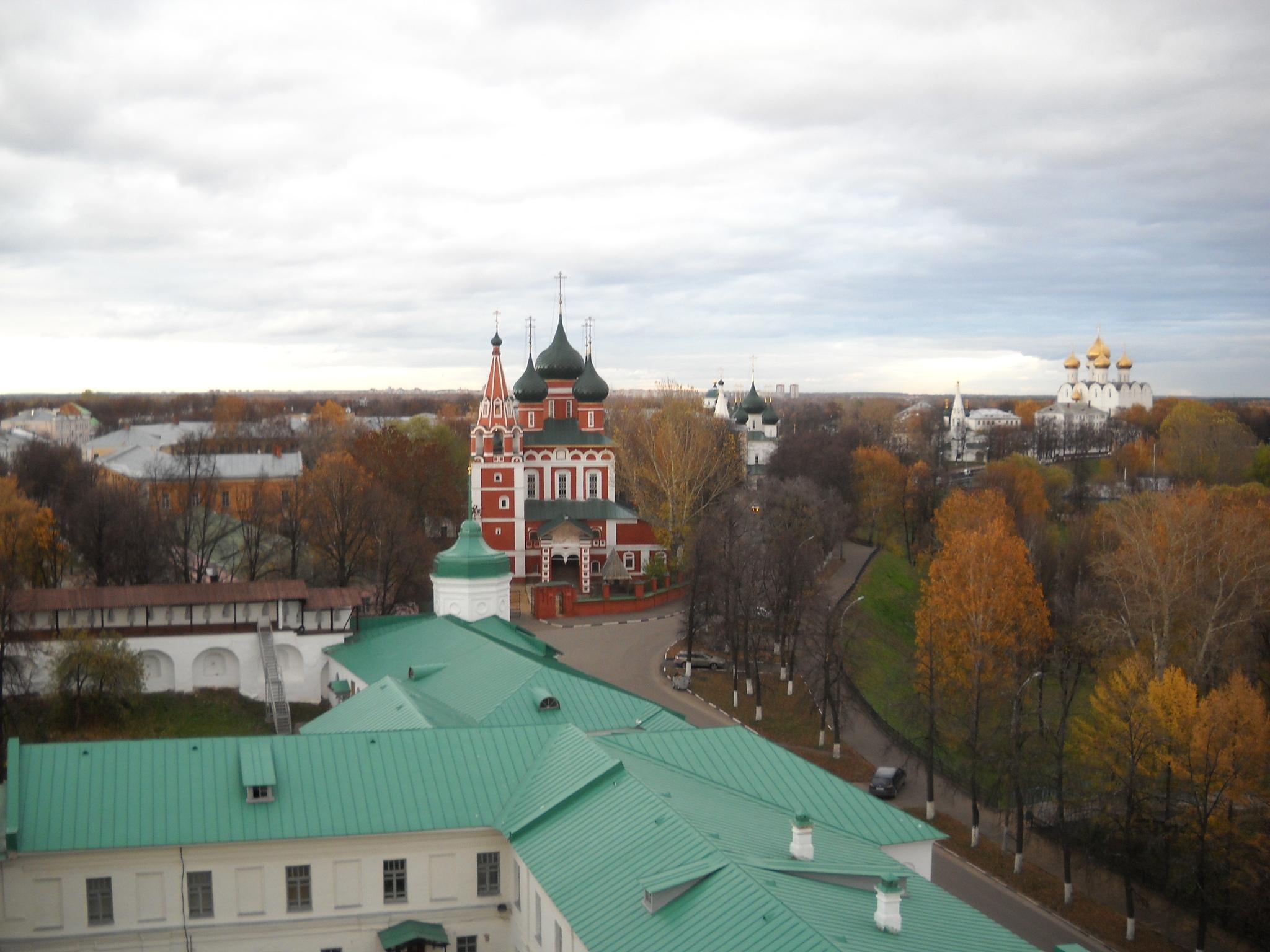 С башни Спасо-Преображенского монастыря