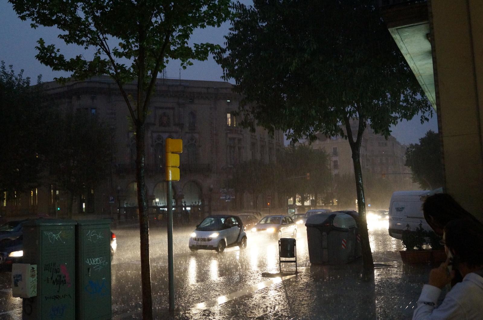 Ливень в Барселоне