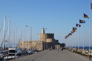 Крепость на набережной Родоса