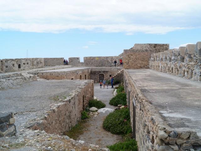 В крепости Кулес
