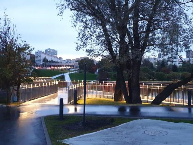 Пешеходный мостик
